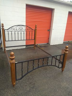 Queen frame for Sale in Charlotte, NC