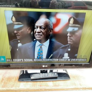 LG 32inches TV With Remote Control And 2 HDMI ports for Sale in Arlington, VA