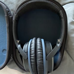 BOSE head Phones for Sale in Lancaster, CA
