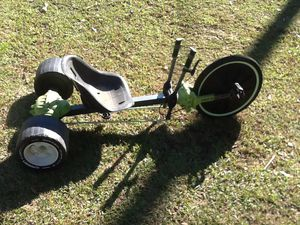 Huffy Green Machine 20in tricycle for Sale in Lafayette, LA