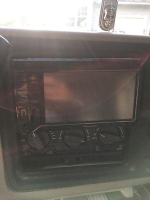 Pioneer Avh3300bt for Sale in Raleigh, NC