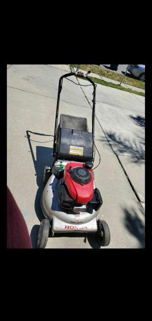 Honda Lawn mower for Sale in Riverside, CA