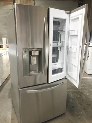 LG 24INCHES DOOR IN DOOR REFRIGERATOR STAINLESS STEEL. . EXCELLENT FOR SMALL SPACES. HOME DELIVERY AVAILABLE SAME DAY🏡 for Sale in Mission Viejo, CA