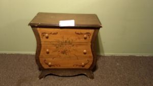 Antique end table for Sale in San Diego, CA