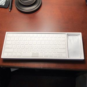 Apple Keyboard And Magic Mouse - Unused & In Original Packaging for Sale in Conroe, TX