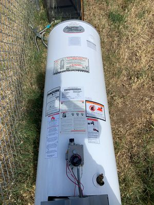 Water heater. Works good, all part in available. for Sale in Union City, CA