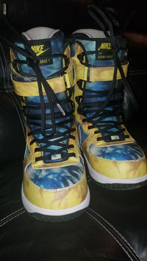 NIKE ZOOM FORCE SNOWBOARD BOOTS 9.5 for Sale in Palatine, IL