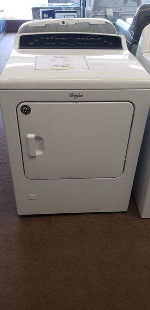 BRAND NEW Whirlpool Cabrio Gas Dryer for Sale in Cleveland, OH