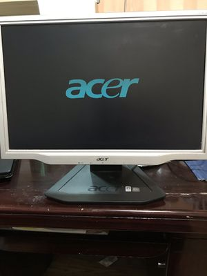 Computer screen for Sale in Brooklyn, NY