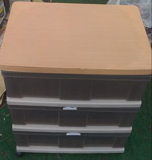 3 drawer plastic container for Sale in Vancouver, WA
