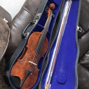 Kiso Suzuki N7 1920J It Is A Restored Violin Comes With New Bow And Case for Sale in Lynnwood, WA
