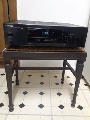 KENWOOD RECEIVER 105VR for Sale in Dallas, TX