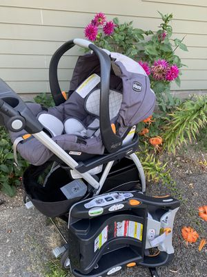 Chicco click connect stroller and click connect car seat. for Sale in Burien, WA