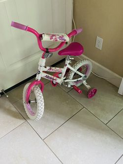 Excellent Condition Like New Kids Bike 10 Inches for Sale in Roseville,  CA