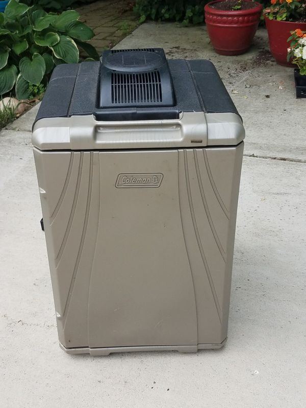 Coleman 40 Quart Portable Cooler