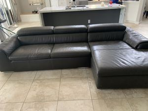 Grey leather couch with chaise for Sale in Fort Lauderdale, FL