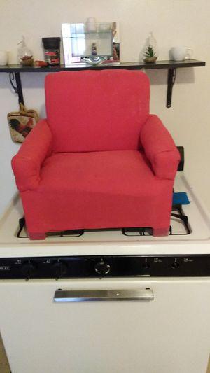 Kids pink sopha chair for Sale in Phoenix, AZ