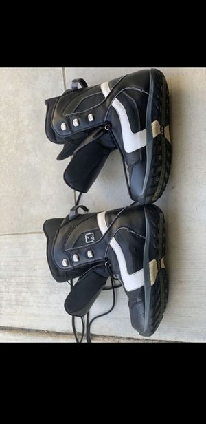 Morrow snowboard boots for Sale in Willow Springs, IL