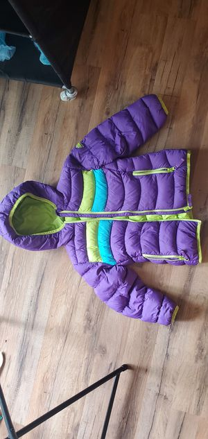 Snozu Kids Size 6 Puffy Jacket with inner pocket and blank name tag Good condition for Sale in San Diego, CA