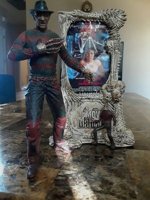 Mcfarlane Movie Maniacs Nightmare Elm Street Freddy Action Figure for Sale in Phoenix, AZ