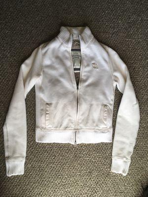 Abercrombie & Fitch off white cream faux fur zipper zip up sweater warm jacket for Sale in Hesperia, CA