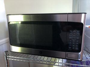GE Microwave Stainless steel for Sale in Salem, MA