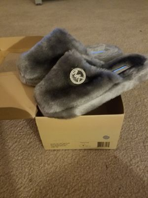 Womens Michael Kors Slippers for Sale in Raleigh, NC