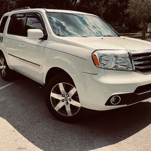 2013 Honda Pilot Like new tires for Sale in Worcester, MA