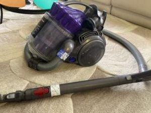 Dyson vacuum cleaner for Sale in Aurora, CO