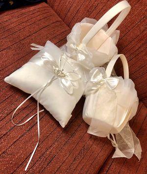 Wedding accessories/accesorios para boda for Sale in Melrose Park, IL