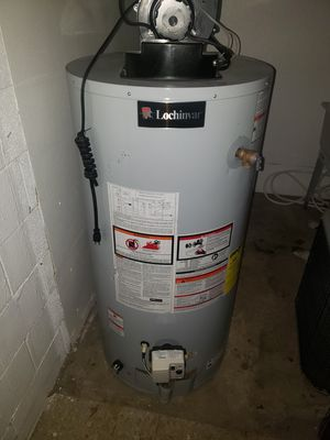 Power vent water heater for Sale in Detroit, MI