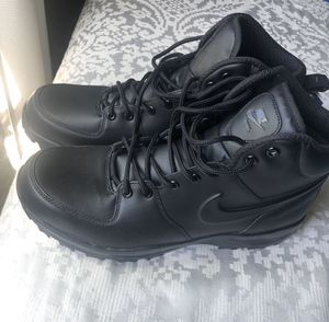 Nike tactical work boots manoa . for Sale in Los Angeles, CA