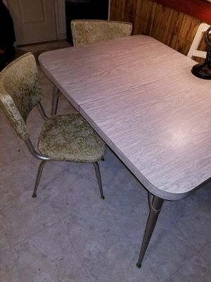 Vintage kitchen table for Sale in Baytown, TX