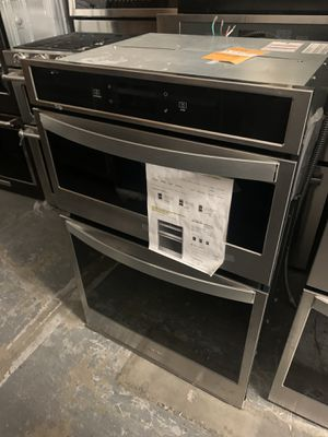 """Whirlpool 27"""" microwave oven combo for Sale in Jurupa Valley, CA"""
