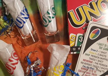 Drunk UNO *midway airport area* for Sale in Chicago, IL