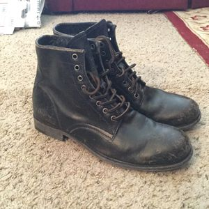 FRYE MEN'S DISTRESSED BLACK LEATHER MOTO COMBAT WORK BOOTS sz 11 for Sale in Bayport, NY