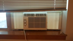 Frigidaire Window Air Conditioner (AC) for Sale in Portland, OR
