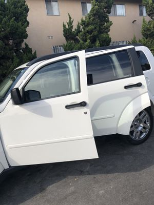 Dodge Nitro SLT for Sale in Los Angeles, CA
