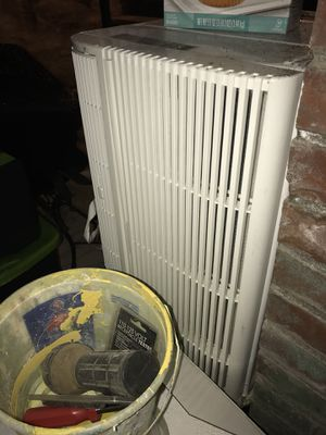 Air conditioner with heater for Sale in University City, MO