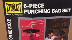 Everlast 6 piece punching bag set for Sale in Silver Spring, MD
