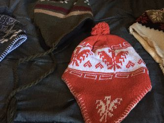 4 Christmas Hats For Kids for Sale in Salinas,  CA