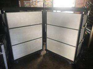 Vendo estos Speakers Peaveys line array for Sale in Manassas, VA