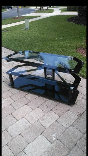2 shelf Glass TV stand for Sale in West Palm Beach, FL