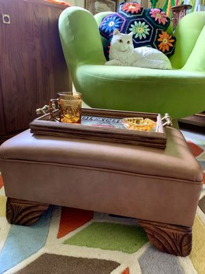Vintage Tan Leather Ottoman for Sale in North Bend, WA