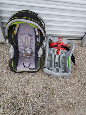 car seat for Sale in Bloomington, IL