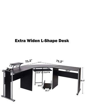 """71"""" corner desk for Sale in Mitchell, IL"""