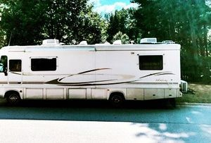 Escape covid, escape the cold2000 Forest River Windsong 349S for Sale in Orlando, FL