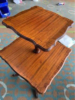 Beautiful antique table for sale. for Sale in Hayward, CA