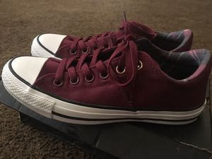 Women's converse for Sale in Rialto, CA