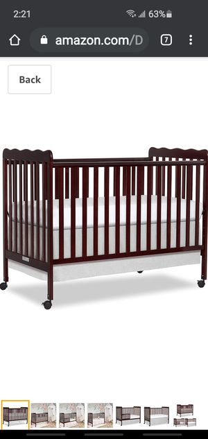New Dream On Me 3 in 1 Convertible Crib in Espresso for Sale in Columbus, OH